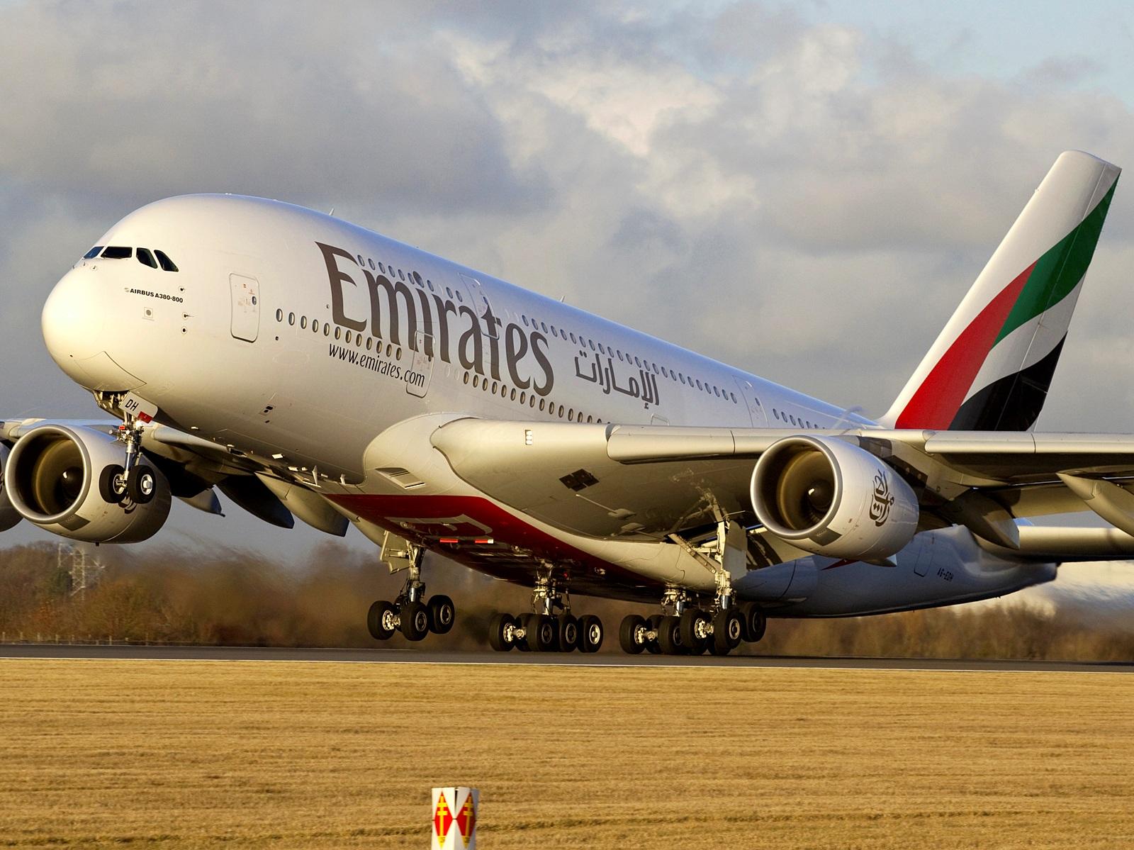 Пассажиров рейса Дубай — Нью-Йорк авиакомпании Emirates поместили на карантин из-за неизвестной