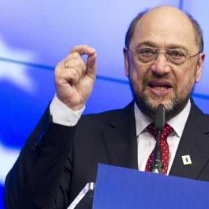 """Глава Европарламента заявил, что в Польше действует """"демократия в стиле Путина"""""""
