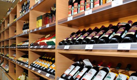 Как выбрать хорошее вино в магазине?